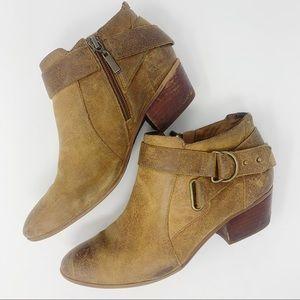 Clark's Artisan Tan Leather Ankle Boots Sz 7.5
